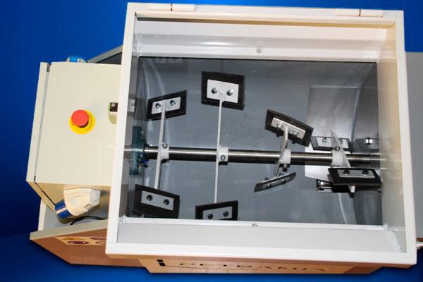 máquina para proyección neumática de morteros de lana de roca